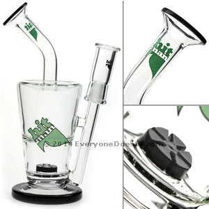 Turbine Sundae Cup Oil Rig With Black Lip