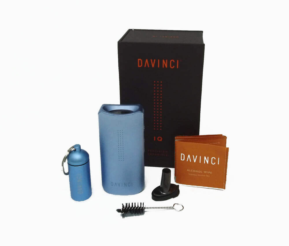 DaVinci IQ Vaporizer Contents and Accessories